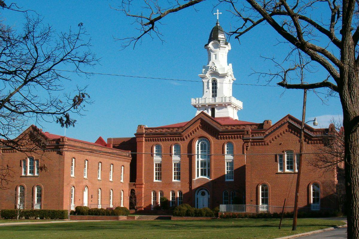 Seminary Hill - Alexandria, Virginia