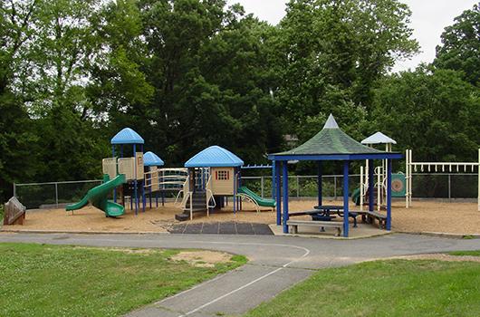 Woodmont - Arlington, Virginia